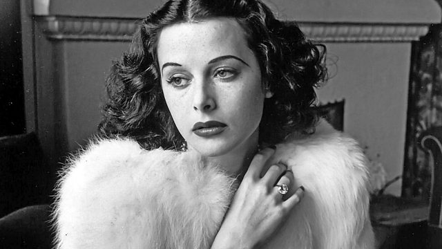Read more about the article Hollywood's Brightest Bombshell – The Hedy Lamarr Story