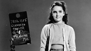Read more about the article A Life in Ten Pictures – Elizabeth Taylor